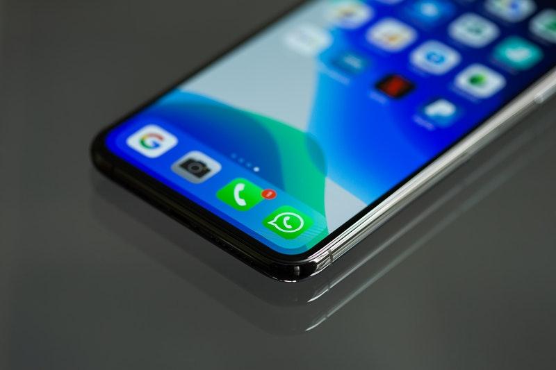Cara Mengganti Tema Whatsapp Menggunakan GBWhatsapp maupun Whatsapp plus