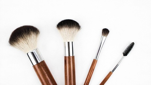 Cara Menghilangkan Flek Hitam di Hidung dan Pipi Dengan Masker Alami